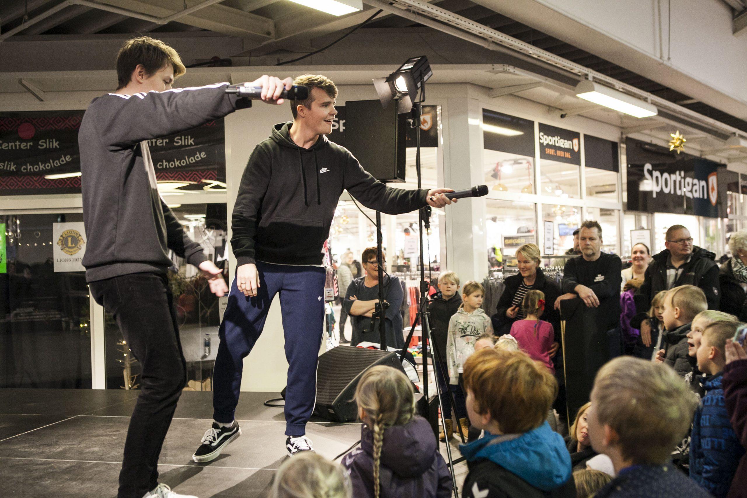 Koncert Med Mika Og Tobias I Høng Centret
